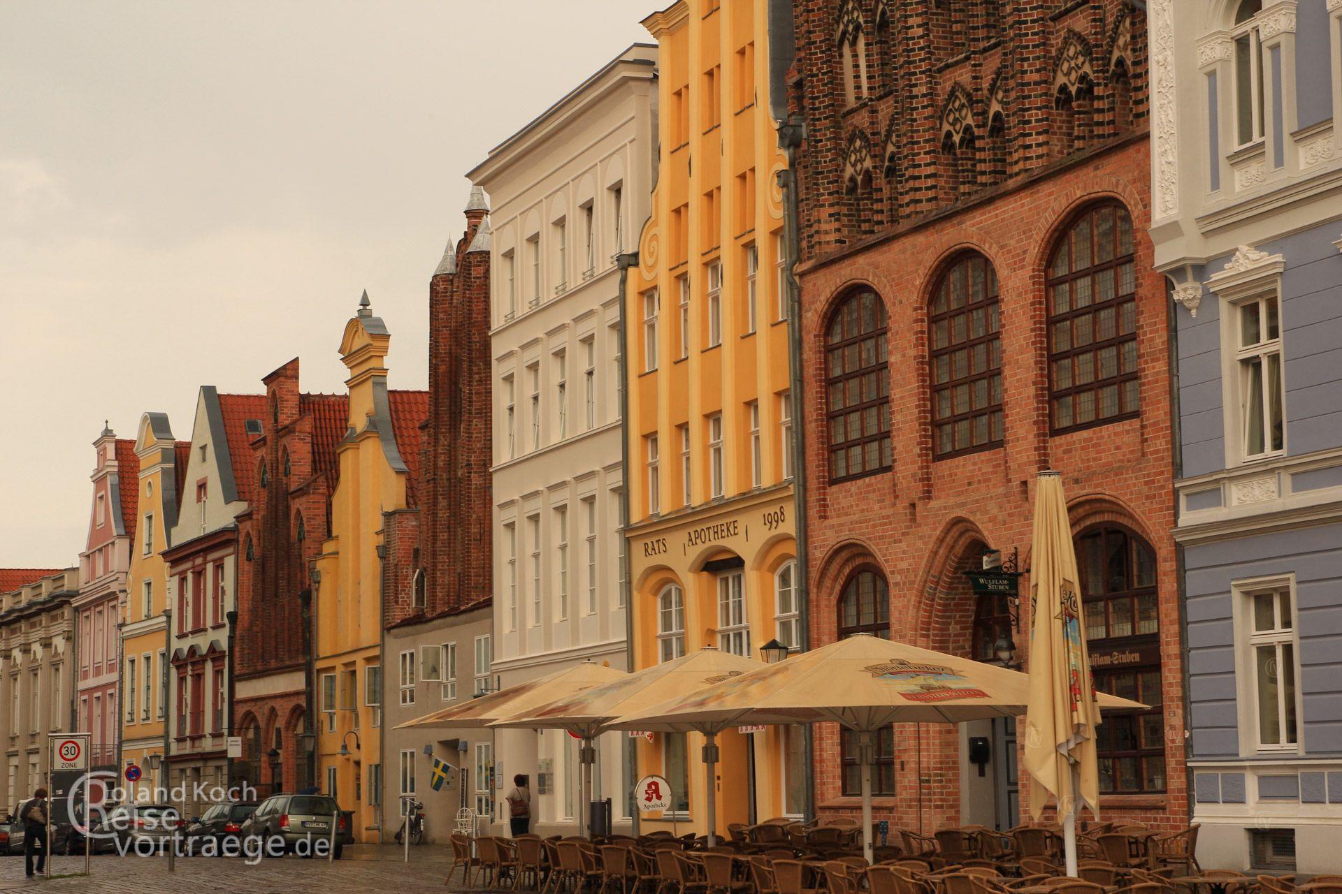 mecklenburg vorpommern essay Mecklenburg-vorpommerneu: distritu schloss schwerin mecklenburg & pomerania mecklenburg-vorpommern kasalungsungan yang makadake kareng.